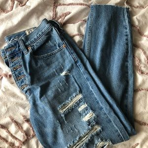 NWOT We The Free button fly ripped ankle jeans